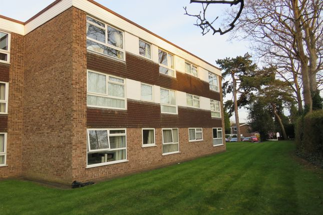 1 bed flat for sale in Balmoral Court, Kidderminster DY10