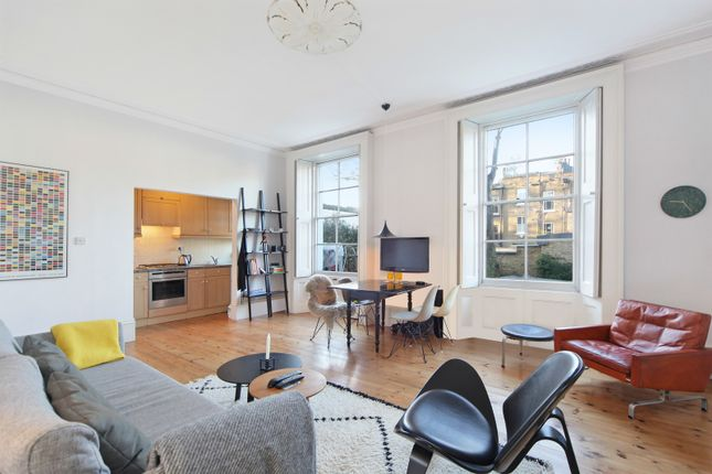 Flat in  Clarendon Road  London  Notting Hill
