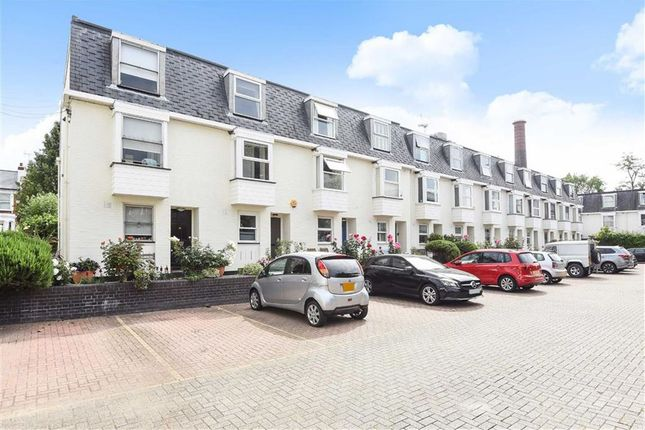 Thumbnail Property for sale in Pooles Lane, London