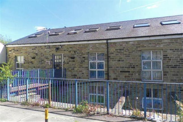 Thumbnail Flat to rent in The Weaving Shed, Sowerby Bridge, Halifax