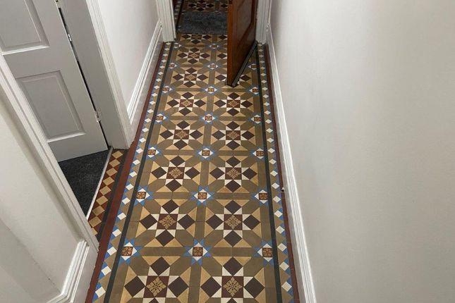 Hallway of Sudbury Street, Derby DE1