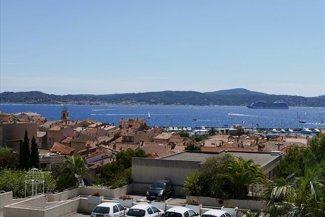 2 bed apartment for sale in Ste Maxime, Var, France