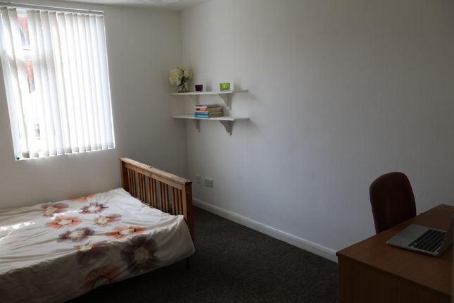 Thumbnail Terraced house for sale in Severn Street, Leicester, Leicestershire