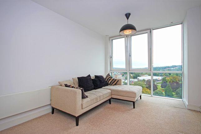 Flat to rent in Kd Tower, Hemel Hempstead