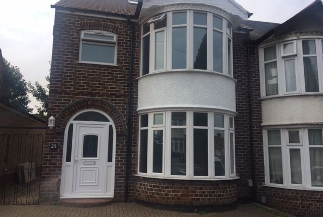 Thumbnail Semi-detached house to rent in St Margarets Avenue, Luton