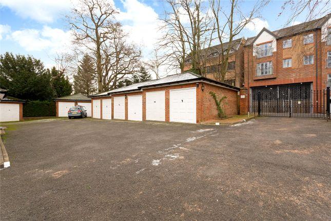 Picture No. 38 of Penn Haven, 3 Oak End Way, Gerrards Cross, Buckinghamshire SL9