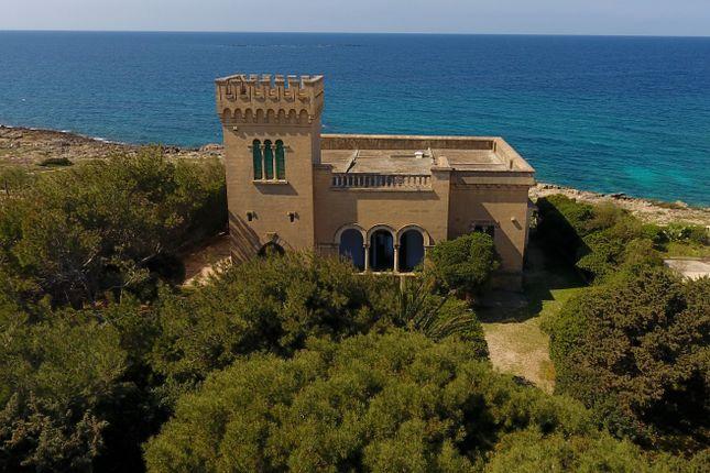 Thumbnail Villa for sale in Gallipoli, Puglia, Italy