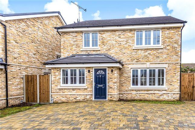 Thumbnail Detached house for sale in Hogfair Lane, Burnham, Slough