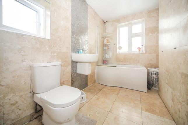 Bathroom of Ash Road, Luton, Bedfordshire, England LU4