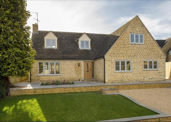 Thumbnail Detached house for sale in Pear Tree Close, Chipping Campden, Gloucestershire