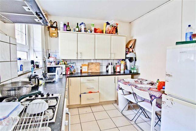 Thumbnail Flat to rent in Brune Street, Spitalfields, London