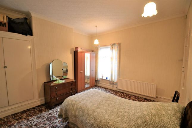 Bedroom 2 of Johnson Street South, Tyldesley, Manchester M29