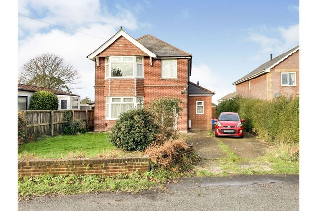 Thumbnail Detached house for sale in Three Gates Road, Cowes
