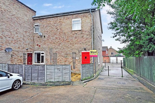 Thumbnail Flat to rent in Cradlebridge Drive, Willesborough, Ashford