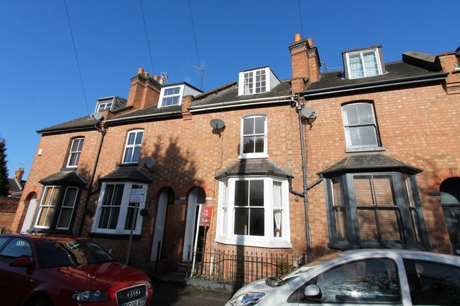2 bed terraced house to rent in Cross Street, Leamington Spa