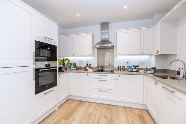 Thumbnail Flat for sale in 117 High Street, Great Missenden
