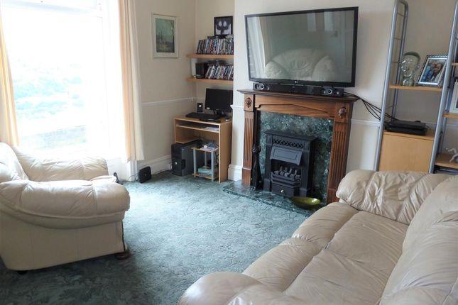 Lounge of Radcliffe Road, Wellhouse, Huddersfield HD7