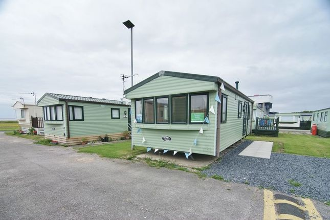 2 bed mobile/park home for sale in Ocean Edge Holiday Park, Morecambe