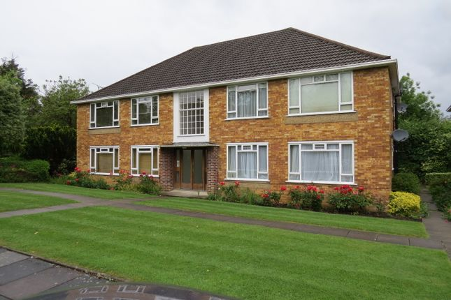 1 bed flat for sale in Fairfield Close, North Finchley