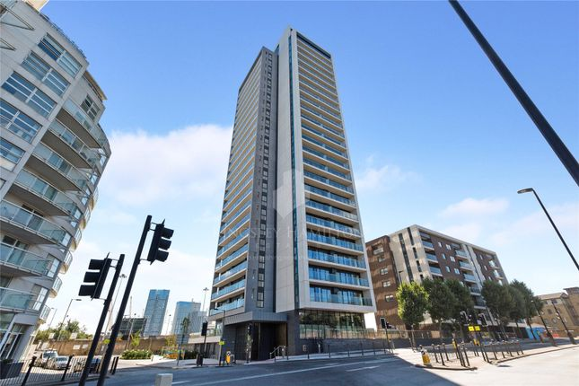 Thumbnail Property for sale in Horizons Tower, Yabsley Street, Canary Wharf, London