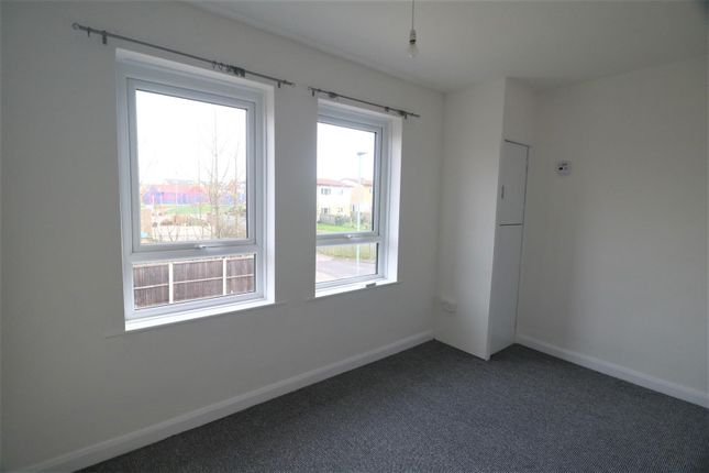 Bedroom of Hatfield Close, Barnsley S71