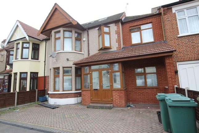 Thumbnail Semi-detached house to rent in Woodstock Gardens, Ilford