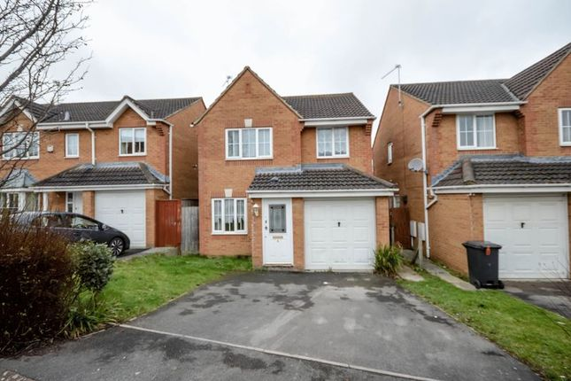Thumbnail Detached house for sale in Beacon Close, Swindon