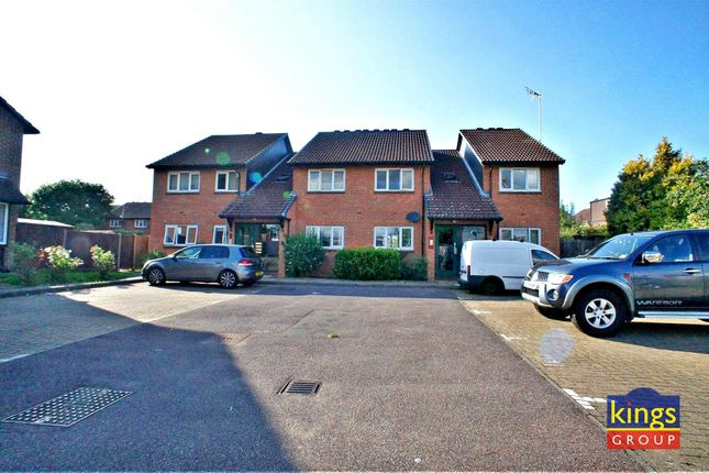 Thumbnail Flat for sale in Colebrook Lane, Loughton