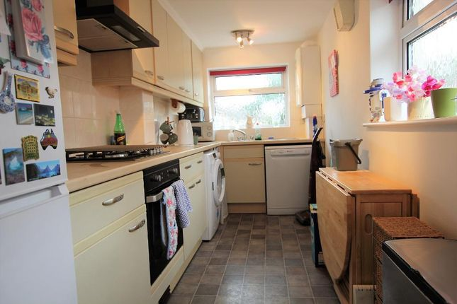 Thumbnail Flat to rent in Sandringham Road, Watford, Hertfordshire