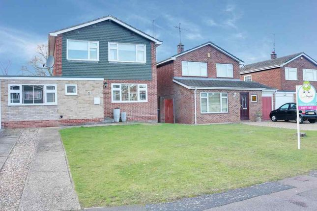 Thumbnail Detached house to rent in Kestrel Road, Basingstoke