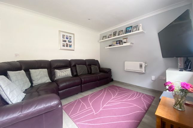 Living Area of Exleigh Close, Southampton SO18