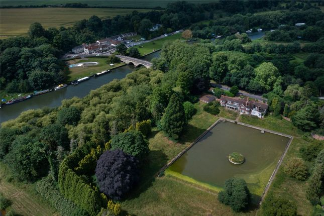Thumbnail Property for sale in Wallingford Road, Shillingford, Wallingford, Oxfordshire