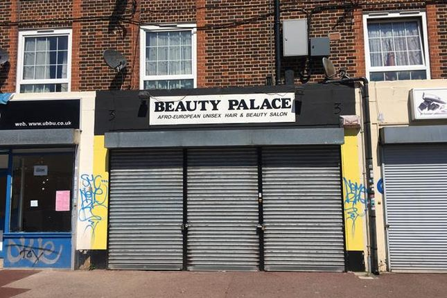 Retail premises to let in 3 Turnham Road, Brockley, London