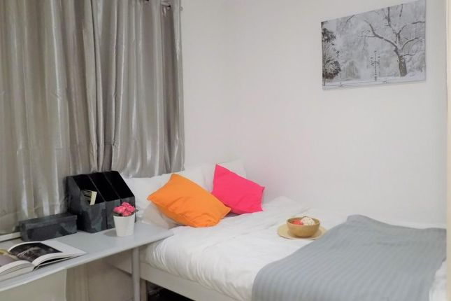 Thumbnail Shared accommodation to rent in Mitchell Ave, Coventry