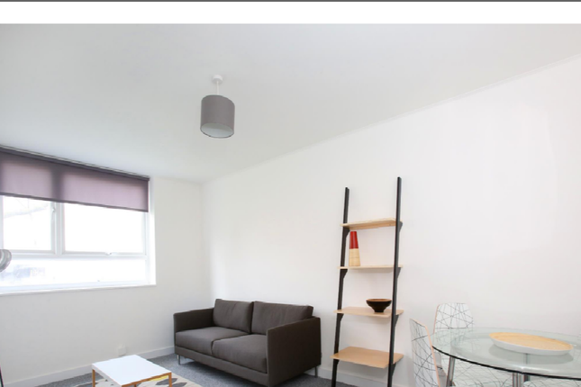 Thumbnail Flat to rent in Bellmore Court, Croydon