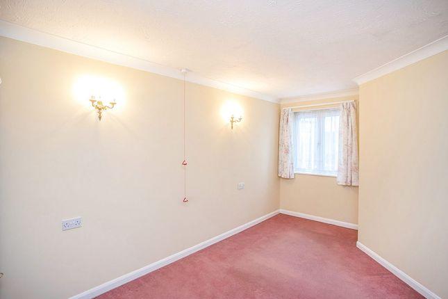 Bedroom of Lower High Street, Watford WD17