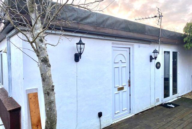 Studio to rent in Goffs Lane, Goffs Oak, Waltham Cross EN7