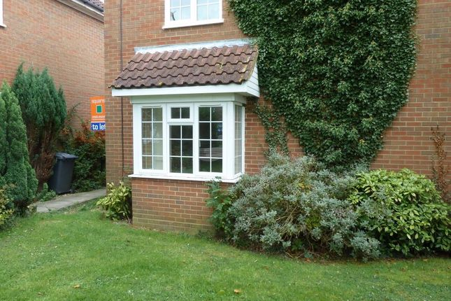 Thumbnail Property to rent in Lochy Drive, Leighton Buzzard, Bedfordshire