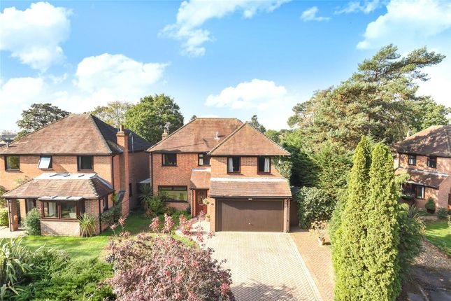 Thumbnail Detached house to rent in Alderley Close, Woodley, Reading, Berkshire