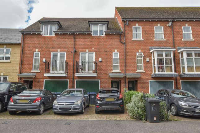 Room to rent in Cavell Drive, Bishop's Stortford