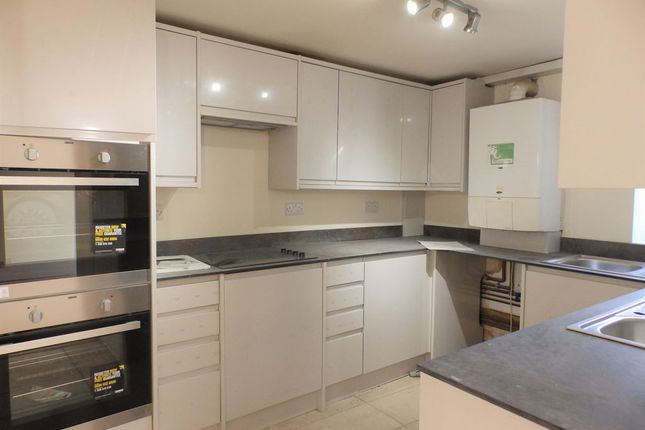 Thumbnail Town house to rent in Upper Parks Place, Brighton, East Sussex