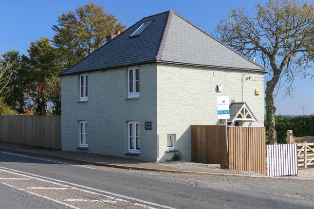 Thumbnail Cottage for sale in Whitecross, Wadebridge