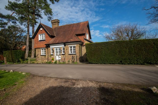 Thumbnail Detached house for sale in South View Road, Pinner Hill, Pinner, Middlesex