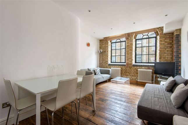 1 bed flat for sale in Pear Tree Court, London