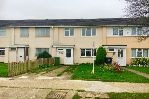 Thumbnail Terraced house to rent in Potters Mead, Wick, Littlehampton