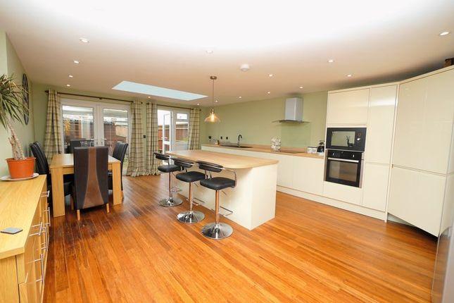 Thumbnail Terraced house for sale in Cherwell Road, Berinsfield, Wallingford