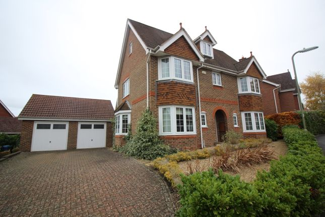 Thumbnail Detached house to rent in Kingsley Square, Fleet