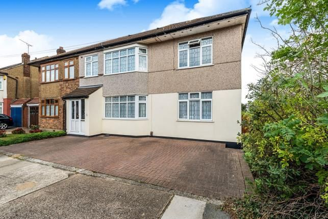 Thumbnail Semi-detached house for sale in Hornchurch, Havering, Essex