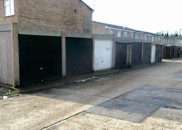 Parking/garage for sale in Henry Street, Chatham