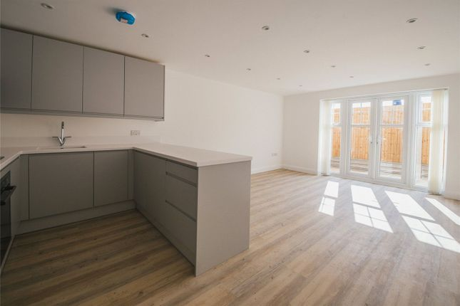 Thumbnail Flat to rent in Gerald Court, 54A South Park Hill Road, South Croydon